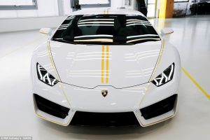 The Pope And The Lamborghini Huracan Titanium Luxury Hire