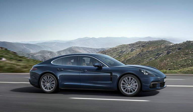 Porsche Panamera 4S Hire in Germany
