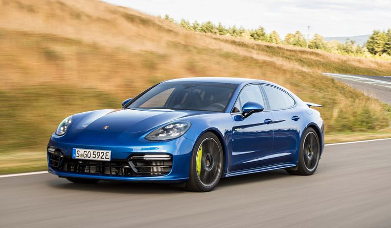 Porsche Panamera Turbo Hire in France